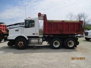 Photo of Hi-Rail Dump Truck
