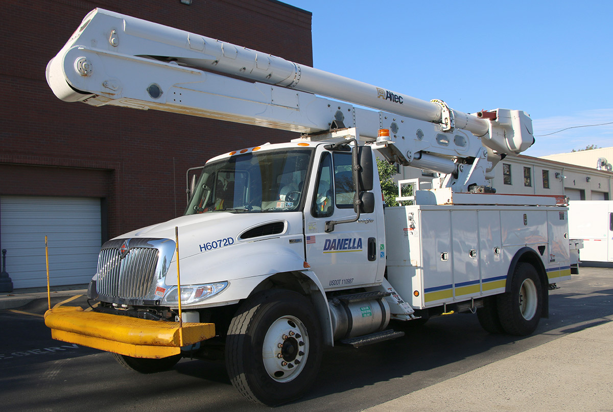55 ft Bucket Truck 33000 GVWR Front Driver Side