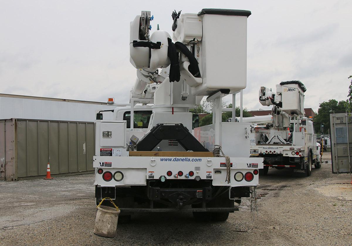 55 ft Bucket Truck 33000 GVWR Rear