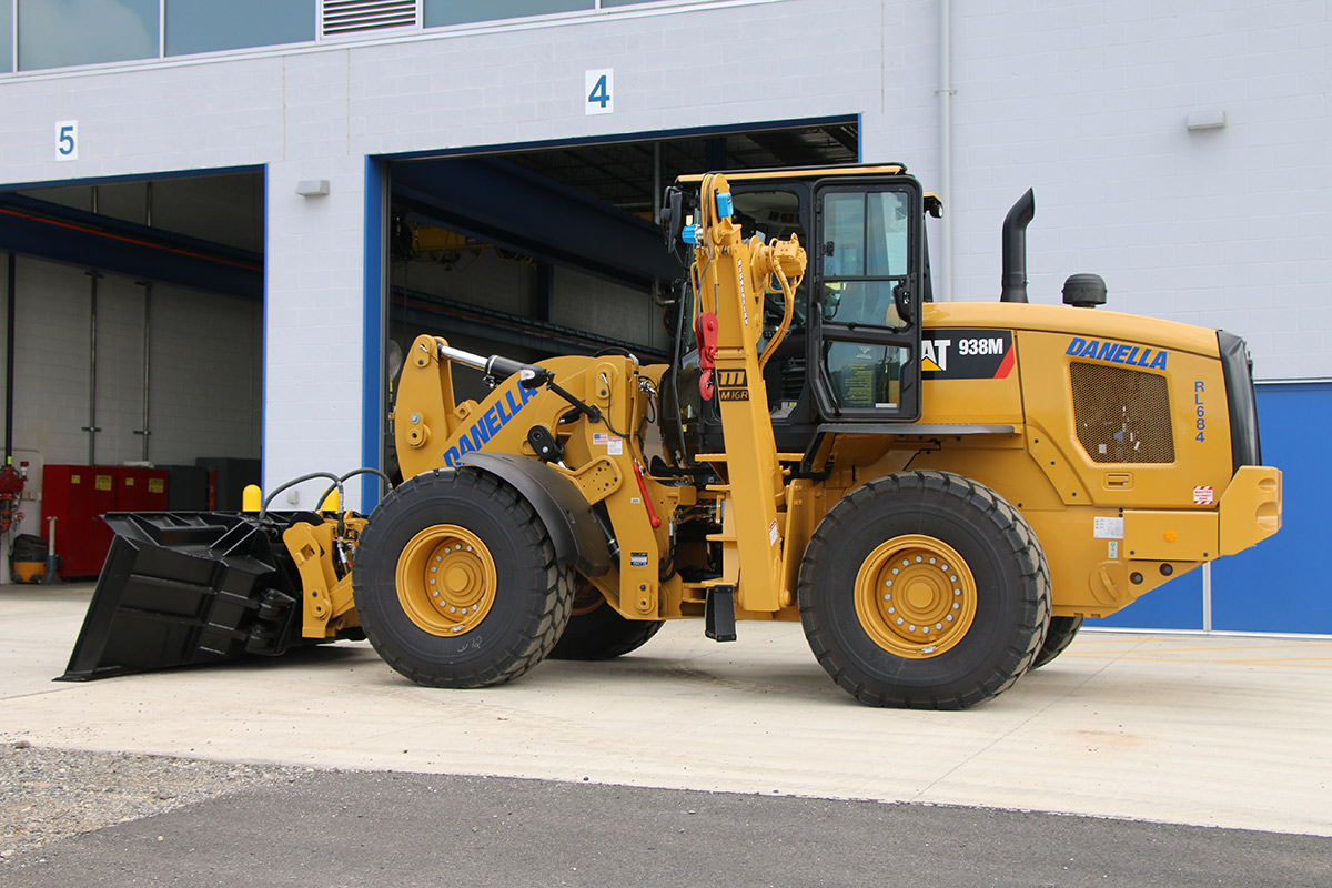 Front End Loader Driver Side CAT 938M