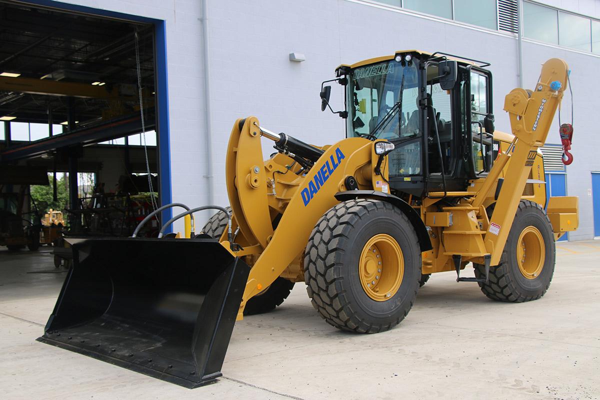 Front End Loader Front Driver Side CAT 938M