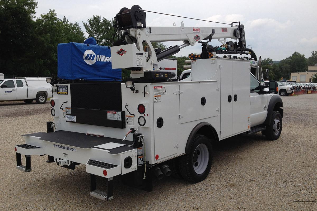 Mechanic Truck Rear Singe Cab Utility Body Crane Air Compressor