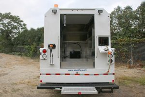 Thermite Welding Truck 19500 GVWR Rear Enclosed Body Entrance