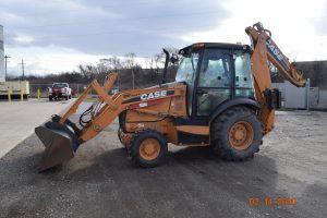 2011 Case 580SN Backhoe 1