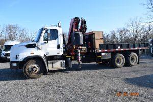 2014 Knuckleboom Crane Truck 2