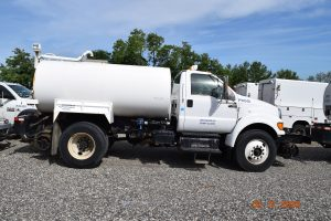 2013 Hi Rail Water Truck 4