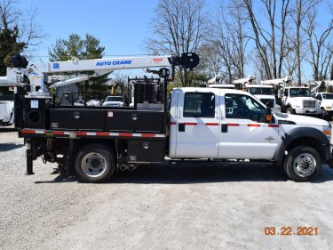 2016 Hi Rail Crew Cab Flat Bed Section Truck 1