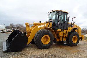 Front End Loader Driver Side CAT 950 resize