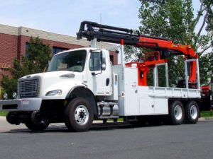 Knuckle Boom Truck Front Driver Side 375x281 1